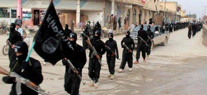 AP: IŞİD Türkiye'de üç noktayı kullanıyor