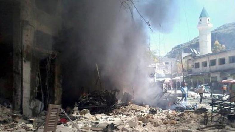 İdlib'de bombardıman: 15 ölü