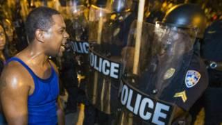 ABD'nin Louisiana eyaletine bağlı Baton Rouge şehrindeki gösterilerde 48 kişi tutuklandı.