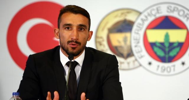 Mehmet Topal 4 yıl daha Fenerbahçe'de
