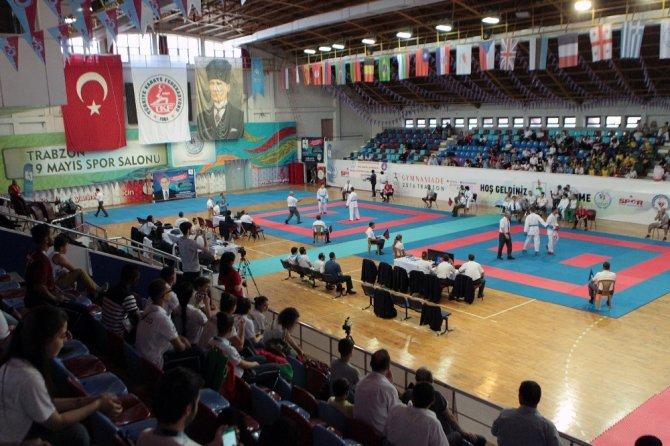 """""""Kıbrıs Cumhuriyeti"""" Trabzon'da düzenlenen Dünya Okul Sporları Olimpiyatlarında bronz madalya kazandı"""