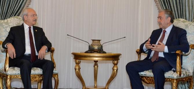 Cumhurbaşkanı Mustafa Akıncı Cumhuriyet Halk Partisi Genel Başkanı Kemal Kılıçdaroğlu'nu kabul etti.