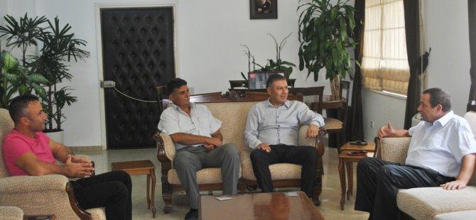 Kıbrıs Türk Kulüpler Birliği, Başbakan Yardımcısı Denktaş'ı ziyaret etti