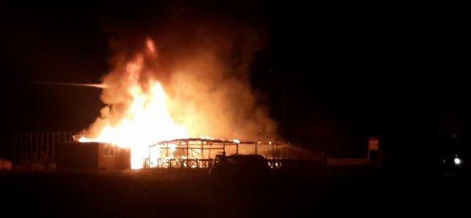 Yeniboğaziçi'nde yangın,Kel'in Yeri kül oldu!