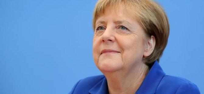 Merkel'den iade açıklaması