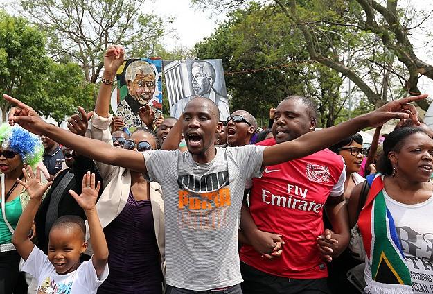 Güney Afrika Mandela'nın cenaze törenine hazırlanıyor
