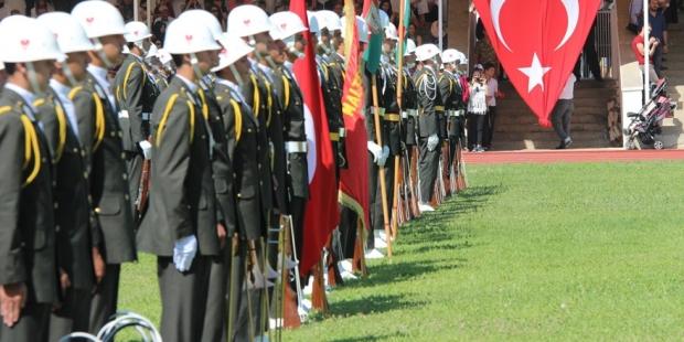Kapatılan askeri okullardaki öğrenciler ne olacak?