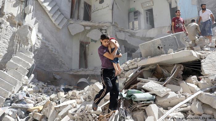 Suriye'de ateşkes sonrası Halep'te 'ilk hava saldırıları'