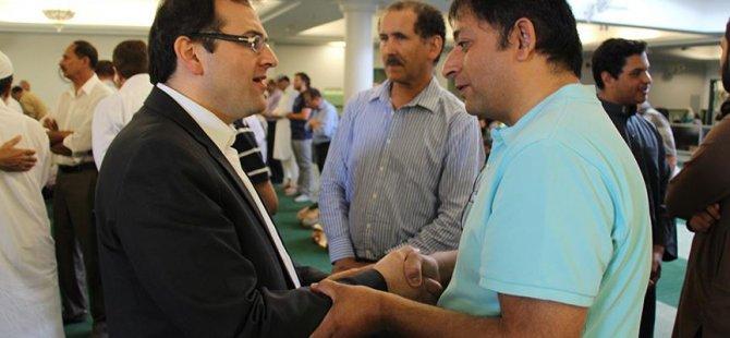 Kanada'daki Müslümanlar FETÖ ve darbe girişimi hakkında bilgilendiriliyor