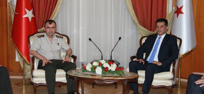 Başbakan Özgürgün Korgeneral Bozkurt'u kabul etti