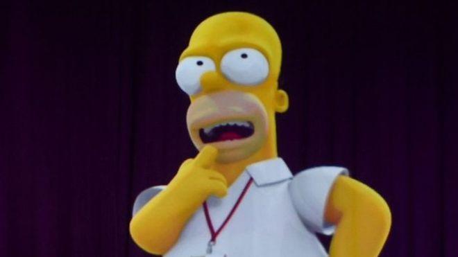 'Marge ve Homer Simpson, Hillary Clinton'a oy vereceklerini açıkladılar'