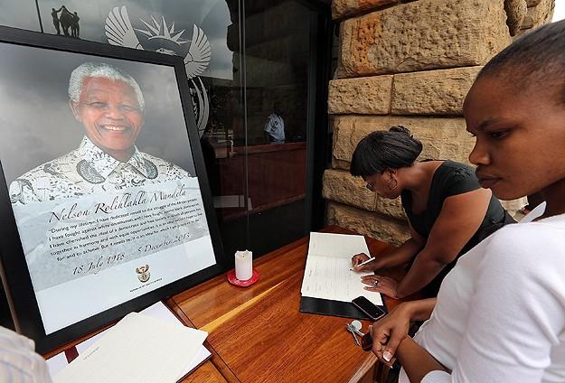 Dünya liderleri Mandela'yı anma töreninde buluşacak
