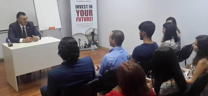Alanlı, Azerbaycan'da Genç Girişimciler Akademisi'nde konuşma yaptı