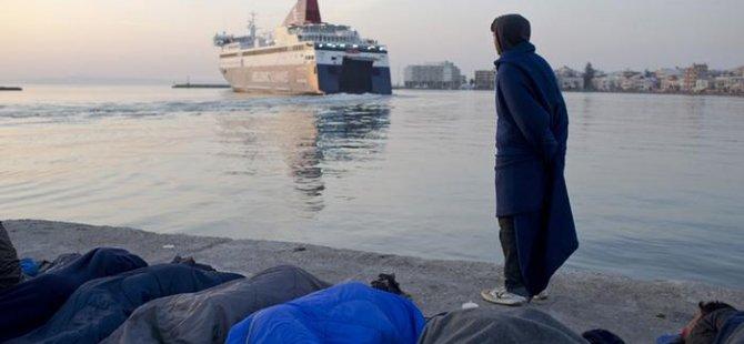 Yunanistan mülteciler için B planı istiyor