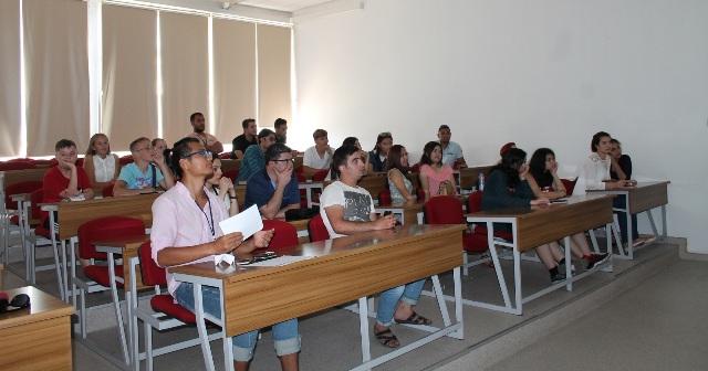 DAÜ uluslararası yaz okulu devam ediyor