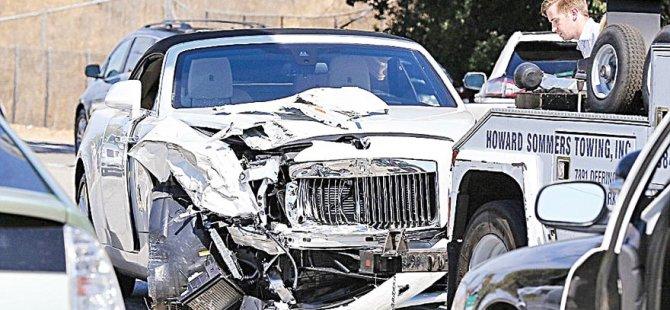 Kardashian kaza yaptı!