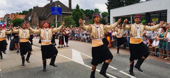 Hollanda'dan İskeleliler geçti!