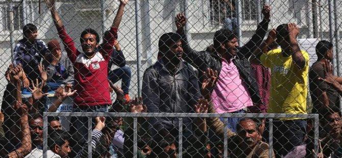 Yunan mülteci merkezlerinde aşırı doluluk