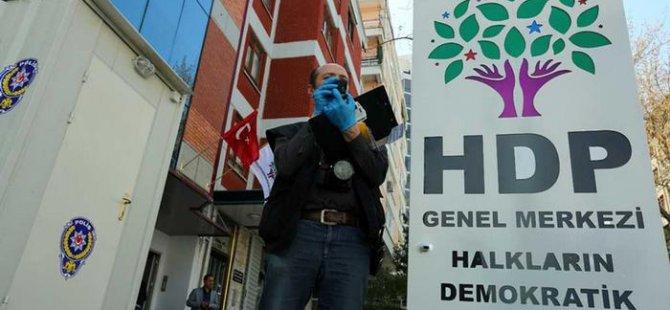HDP yalnızlık sarmalında