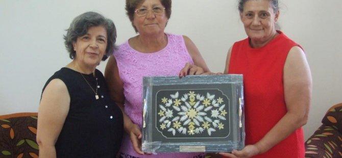 Avustralya'daki Kıbrıs Türk derneklerinden KHYD'ye yardım