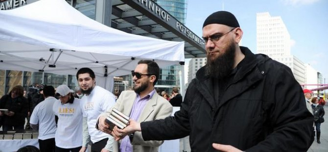 İslamcılar genç mültecileri militanlaştırma çabasında