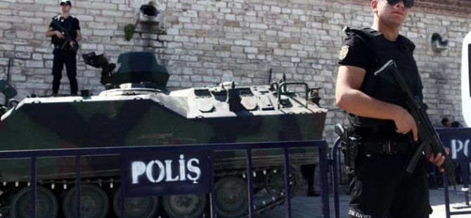 İstanbul'da adliyelere operasyon