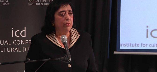 Erato Kozakou Marcoullis: Katliamlar için Kıbrıslı Türkler'den özür diliyorum