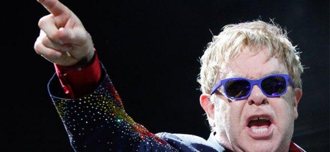 Elton John'dan Türkiye'ye destek!
