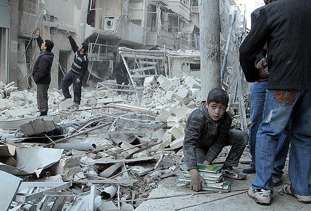 Halep'te hava saldırısı: 30 ölü