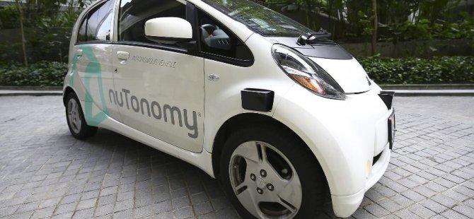 Dünyanın ilk sürücüsüz taksisi iş başı yaptı
