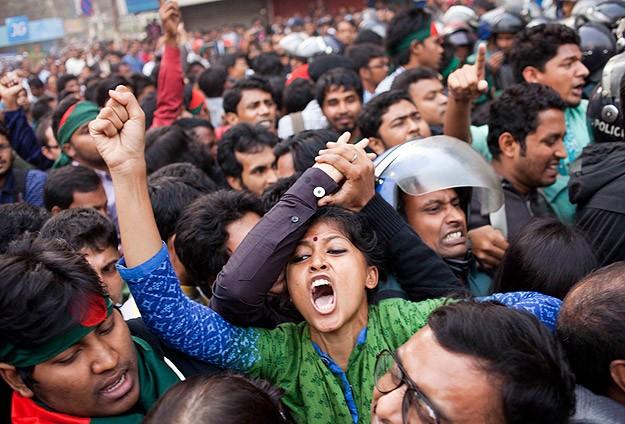 """Bangladeş'te """"süresiz gösteri"""" çağrısı"""