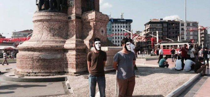 İstanbul Taksim'de CHE Nöbeti