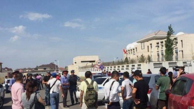 Kırgızistan'da Çin büyükelçiliğine intihar saldırısı