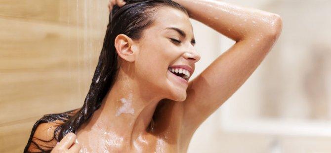 Saçtaki sağlığın sırrı sudan geçiyor