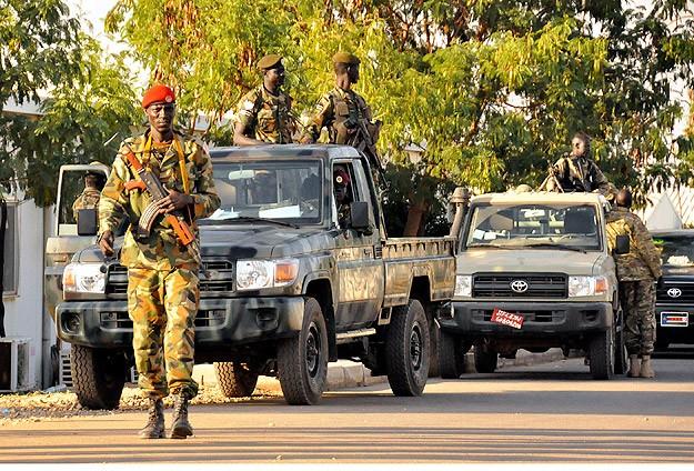 Güney Sudan'da muhalifler hükumet güçlerine saldırı başlattı