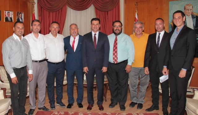 Başbakan Özgürgün KTSYD heyetini kabul etti