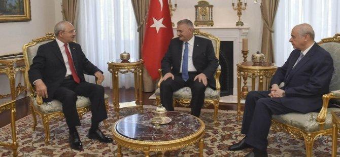''Yıldırım, Bahçeli ve Kılıçdaroğlu arasındaki üçlü zirvede 'idamı kim anlatsın' tartışması çıktı''
