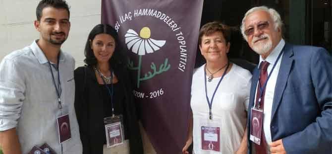 YDÜ eczacılık fakültesi  22. Bitkisel İlaç Hammaddeleri Toplantısı'nda temsil edildi