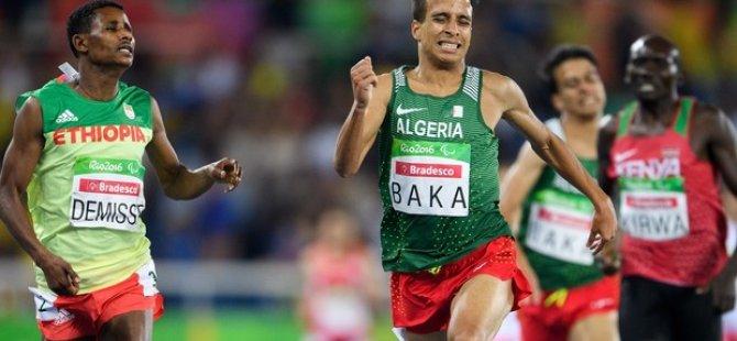 Görme engelli atletler, engelsiz sporcuları geçti!