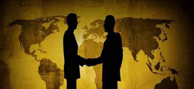 Kıbrıs'ın güneyinde yabancı yatırımcılar vatandaşlığı daha çok hak edecek!