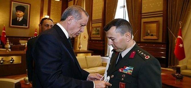 Akit: Fuat Avni, Erdoğan'ın askeri yaverleri çıktı