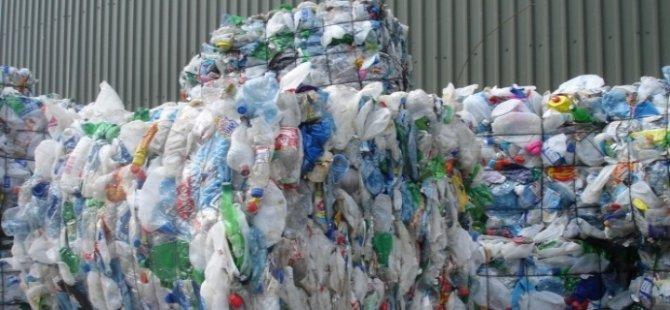 Fransa'da plastik kap kullanımı yasaklandı