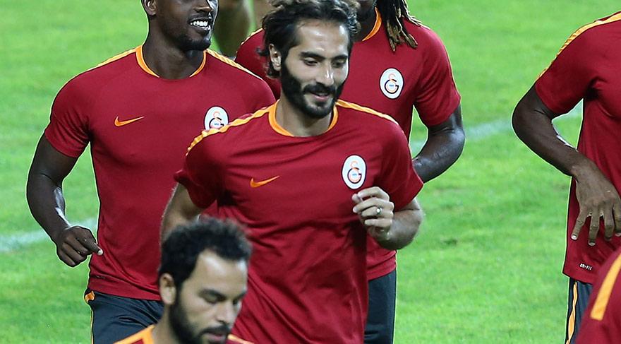 Galatasaray'da ilk yolcu