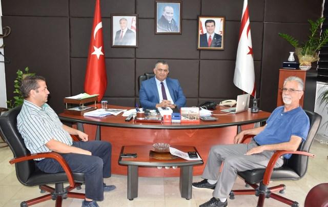 Çavuşoğlu, Her Daim Dostlar Derneği'ni kabul etti
