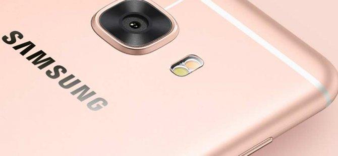 Samsung C ailesine pro modeller geliyor!
