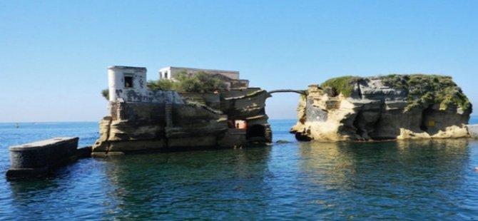 İtalya'daki lanetli adanın gizemi çözülemiyor