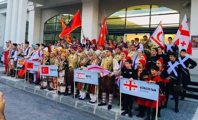 Kardeş Kültürler İstanbul'da buluştu