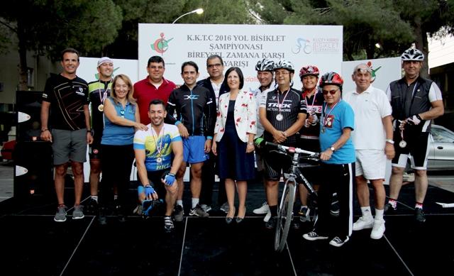 Siber, Tabipler Birliği'nin Bisiklet Etkinliği Ödül Törenine katıldı