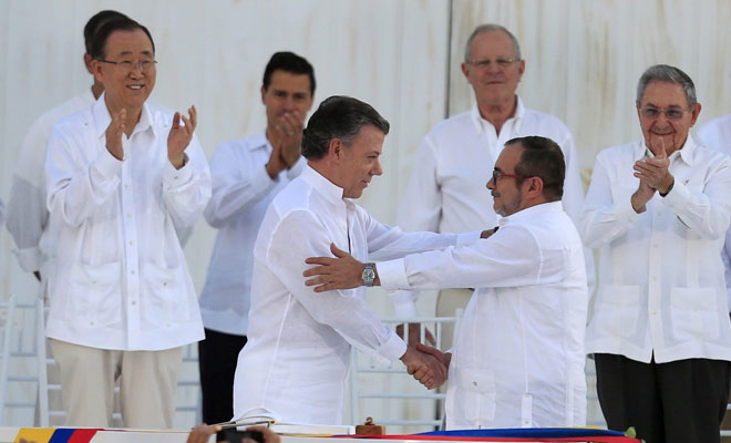 Kolombiya'ya barış geldi