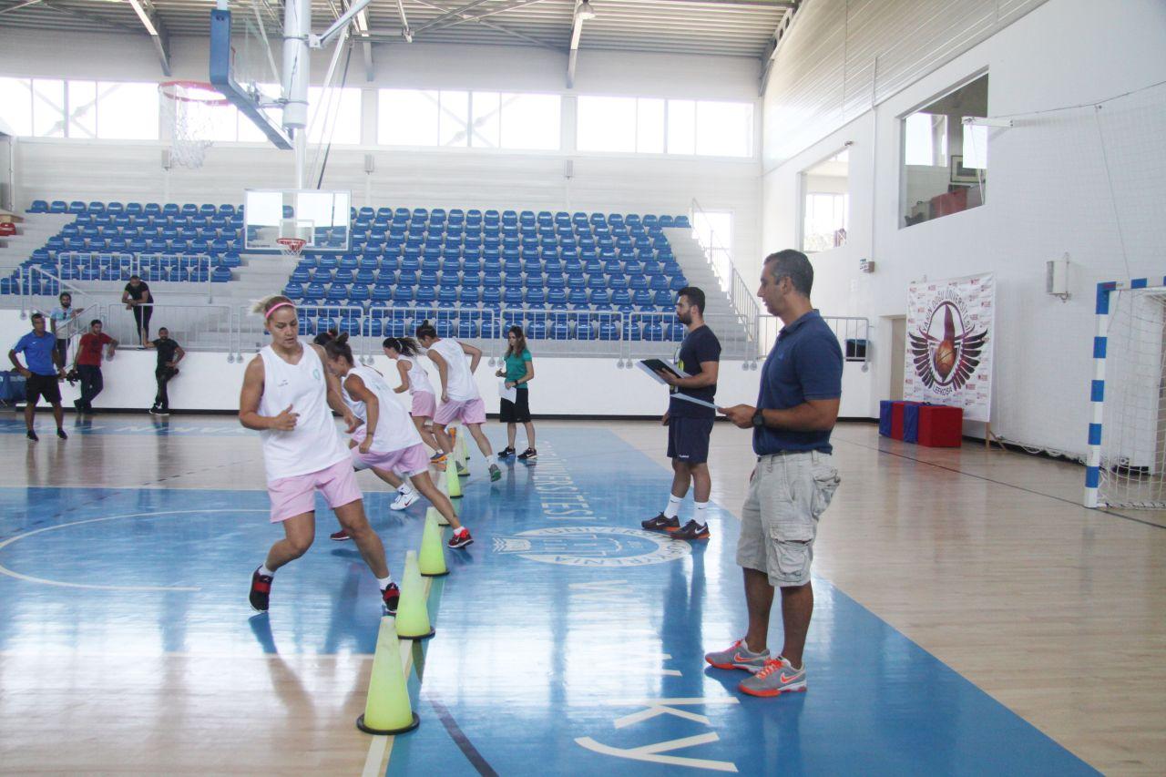 """Girne Üniversitesi Kadın Basketbol Takımı """"Dr. Suat Günsel Kupasına""""  Hazırlanıyor..."""